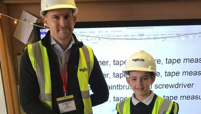 Ogilvie visits budding builders at Alva Primary School