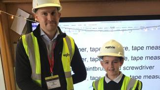 Ogilvie visits budding builders at Alva Primary School